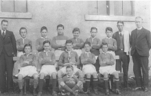 C1932-St-Johns-Football